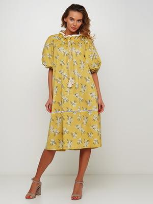 Платье желтое с цветочным принтом | 5504165