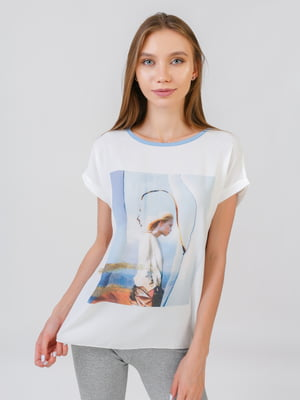 Блуза молочного кольору з принтом | 5510867