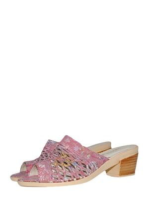 Шльопанці рожевого кольору з квітковим принтом | 5514906