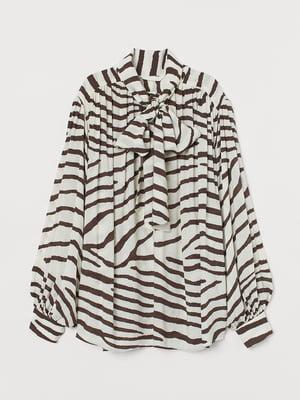 Блуза молочного цвета с анималистическим принтом | 5515203