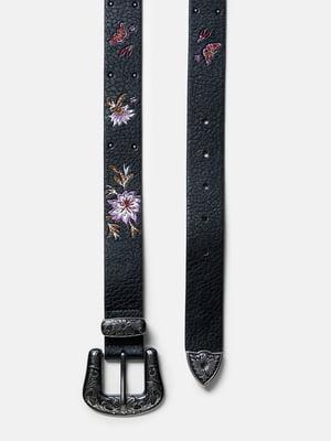 Ремінь чорний з квітковим малюнком | 5520004