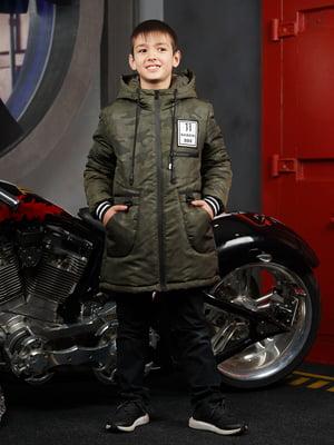 Куртка кольору хакі в камуфляжний принт | 5523290