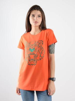 Футболка помаранчева з принтом | 5522548
