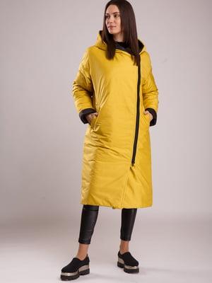Пальто черно-горчичного цвета | 5527618