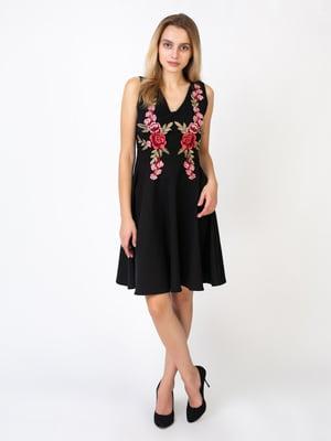 Платье черное с цветочной вышивкой | 5527343