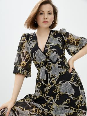 Сукня чорна в комбінований принт | 5542477