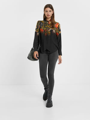 Рубашка черная в цветочный принт | 5540250