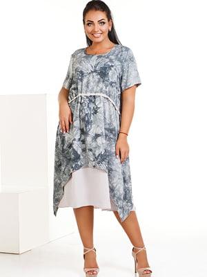 Платье ментолового цвета с абстрактным принтом   5564895