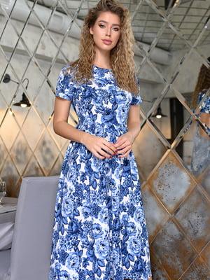 Сукня біло-синя з квітковим принтом | 5564393