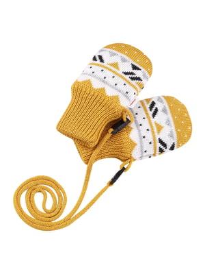 Варежки желтые с орнаментом | 5575356