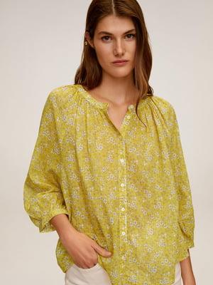 Блуза горчичного цвета в принт | 5508349