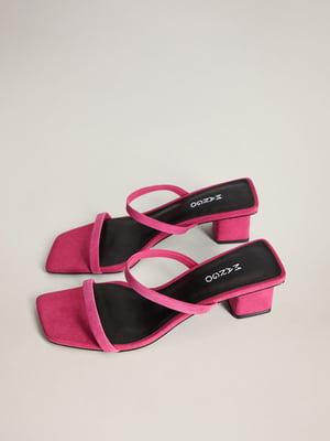 Шльопанці рожеві | 5508354