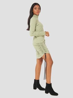 Платье оливкового цвета | 5578700