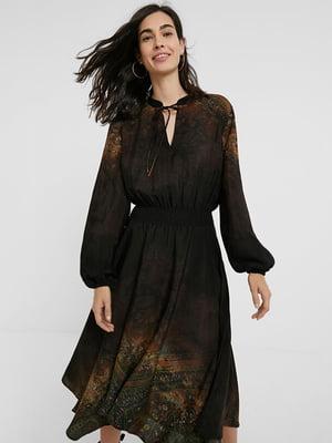 Платье коричневое в принт | 5580200