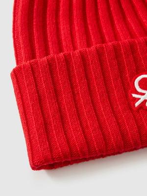 Шапка красная с логотипом | 5588733