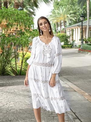 Сукня біла з орнаментом | 5589190