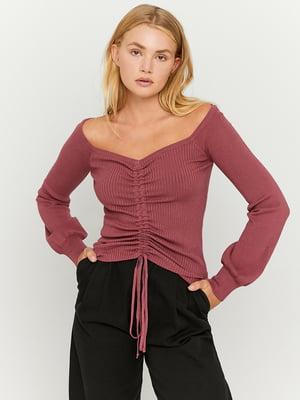 Пуловер вишневого цвета | 5595554