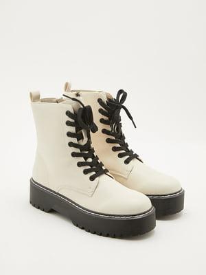 Ботинки кремового цвета | 5595783