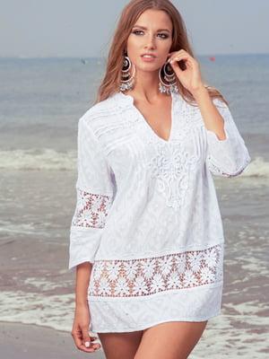 Туника пляжная белая с однотонным цветочным орнаментом | 5601170