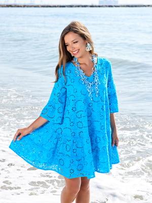 Туника пляжная голубого цвета с узором-перфорацией   5601282