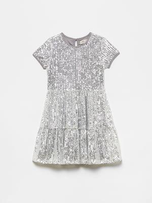 Платье серебристого цвета с декором | 5605168