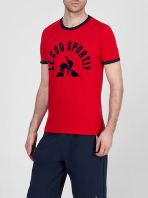 Футболка красного цвета в принт | 5512325