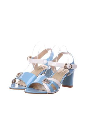 Босоножки бело-голубого цвета | 5534576