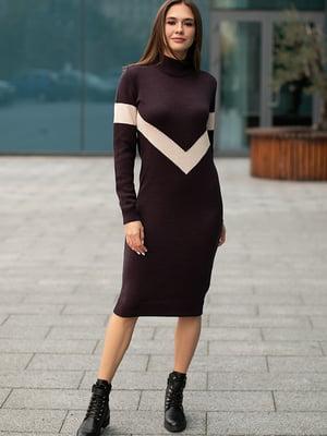 Сукня фіалкового кольору зі смужкою | 5609044