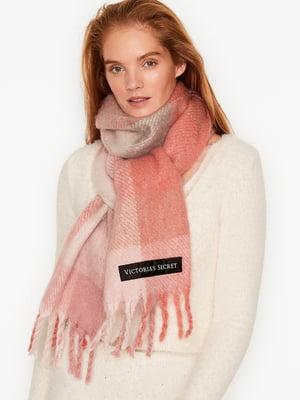 Шарф рожевого кольору в клітинку | 5610628