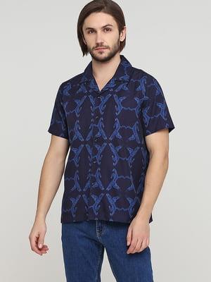 Рубашка темно-синяя с принтом | 5622455