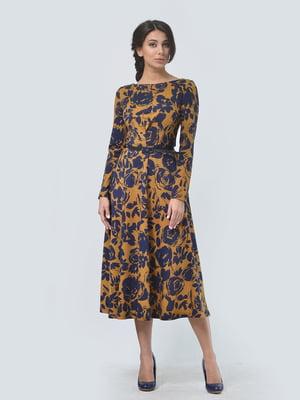 Платье горчичного цвета в цветочный принт | 5620862