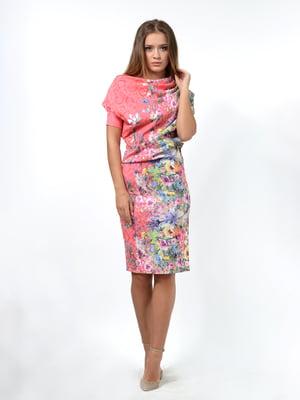 Сукня рожевого кольору в квітковий принт | 5620639