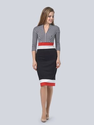Платье трехцветное в «гусиную лапку» | 5620898