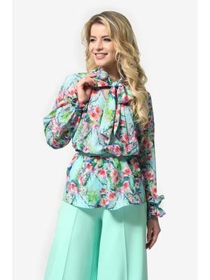 Блуза м'ятного кольору з квітковим принтом | 5626926
