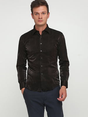Рубашка шоколадного цвета с узором   5628535