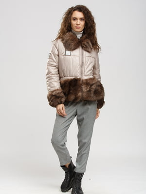 Куртка бежевая   5629715
