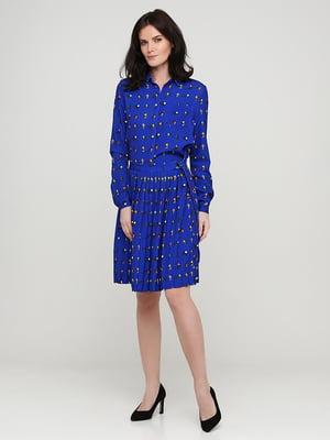 Платье цвета электрик в принт | 5641723