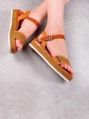 Сандалии коричневого цвета | 5657182