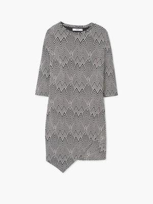 Платье черно-белое с орнаментом | 5658925