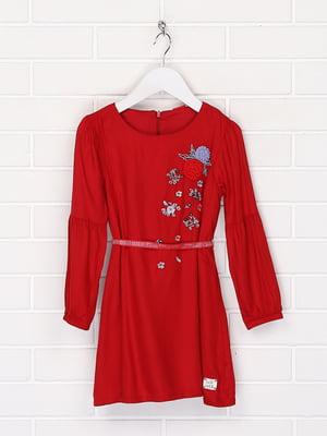 Сукня червоного кольору з квітковою вишивкою | 5658954