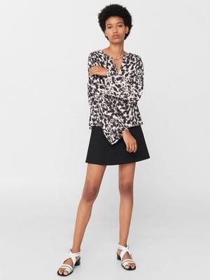Блуза бежевого цвета в анималистический принт | 5659308