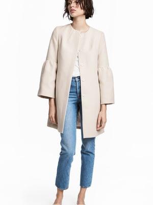 Пальто бежевого кольору | 5660800