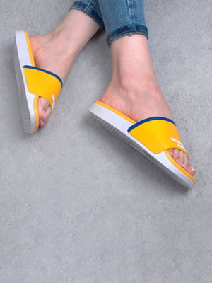 Шлепанцы желтые с принтом | 5676013