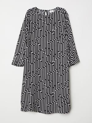 Платье черно-белое в узор   5677425
