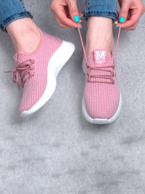 Кросівки рожевого кольору | 5643930