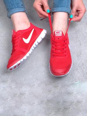 Кроссовки красного цвета | 5643942