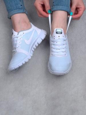 Кроссовки бело-бирюзового цвета | 5643945