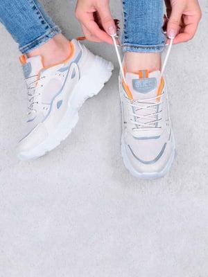 Кросівки бежевого кольору | 5644331