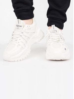Кросівки бежевого кольору | 5645598
