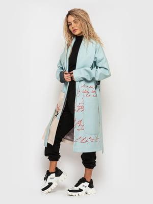 Пальто бирюзового цвета в принт | 5682581